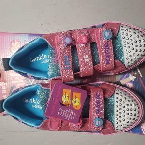 Sketchers Light up shoes
